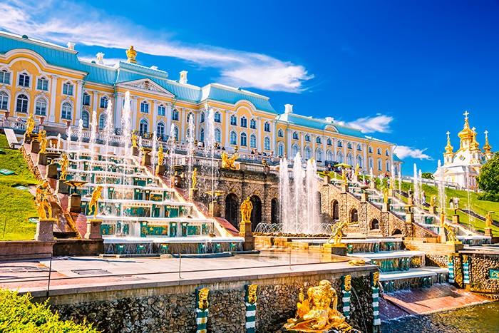 Большой дворец и Большой каскад